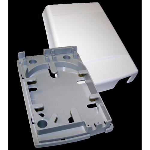 Оптическая коробка на 4 адаптера SC, пластик